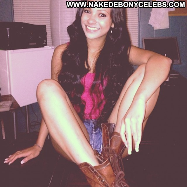 Brittni Taylor Miscellaneous Nice Celebrity Ebony Brunette Singer