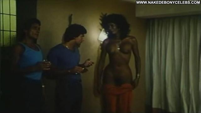 Ajita Wilson  nackt