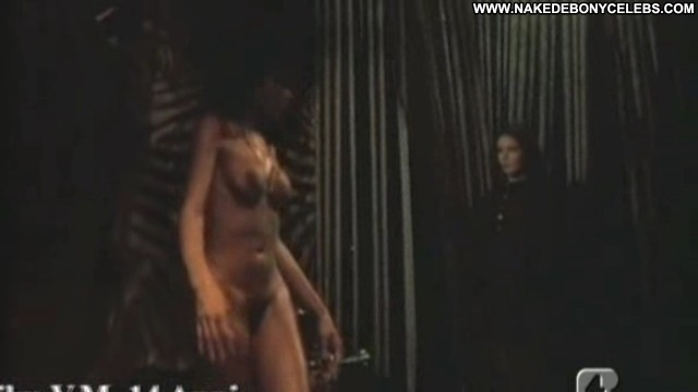 Ajita Wilson Una Donna Di Notte Medium Tits Brunette Pornstar Ebony
