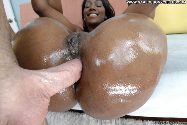 Nyomi Banks Miscellaneous Brunette Ebony Big Tits Nice Celebrity