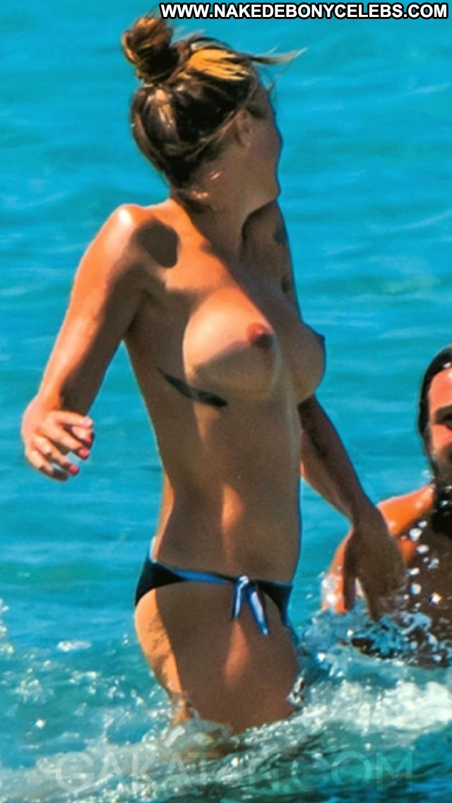 Laure Manaudou Miscellaneous Small Tits Athletic Celebrity Nice