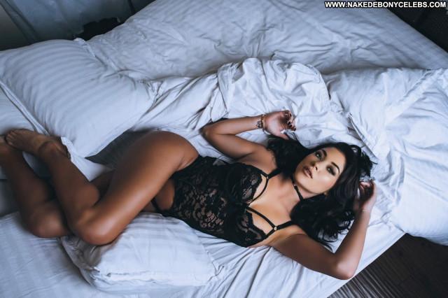 Arianny Celeste No Source Posing Hot Beautiful Babe Celebrity