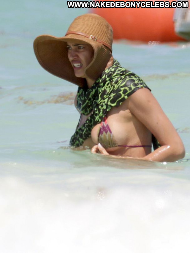 Irina Shayk No Source Babe Candids Posing Hot Celebrity Beautiful