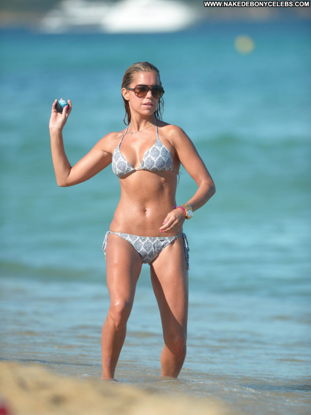 Sylvie Van Der Vaart No Source Bikini Posing Hot Beautiful Celebrity