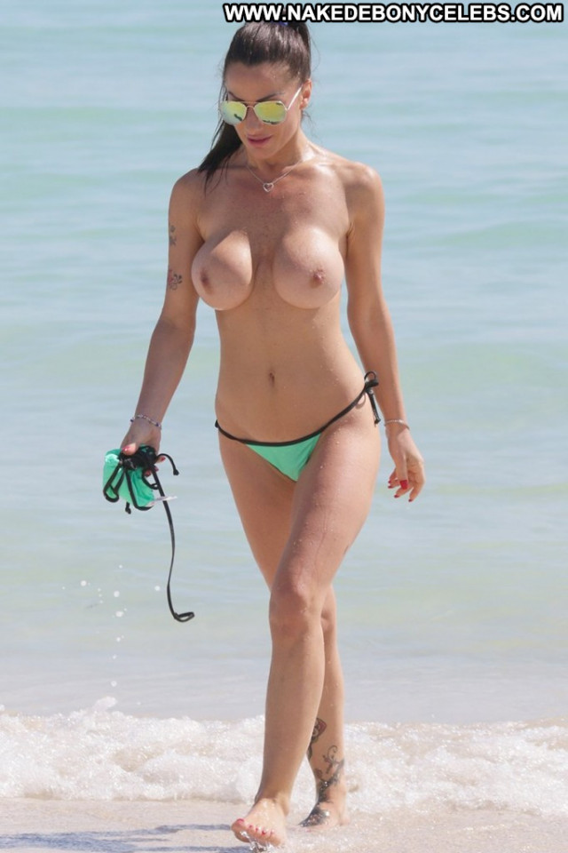 Priscilla Salerno No Source Babe Posing Hot Topless Beautiful