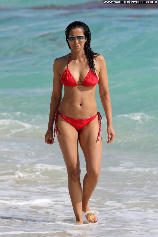Padma Lakshmi No Source Beautiful Sexy Celebrity Posing Hot Bikini
