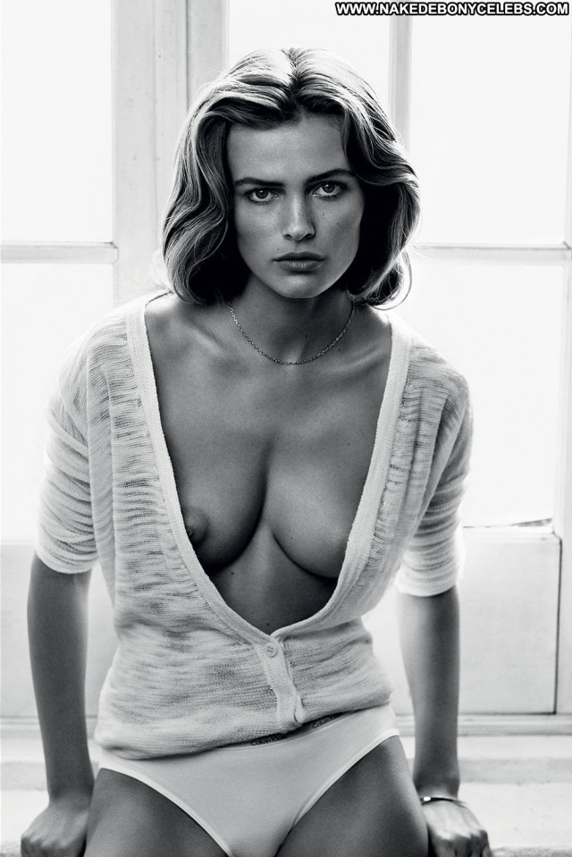 Models No Source Black Sexy Posing Hot Hot Beautiful Celebrity Babe