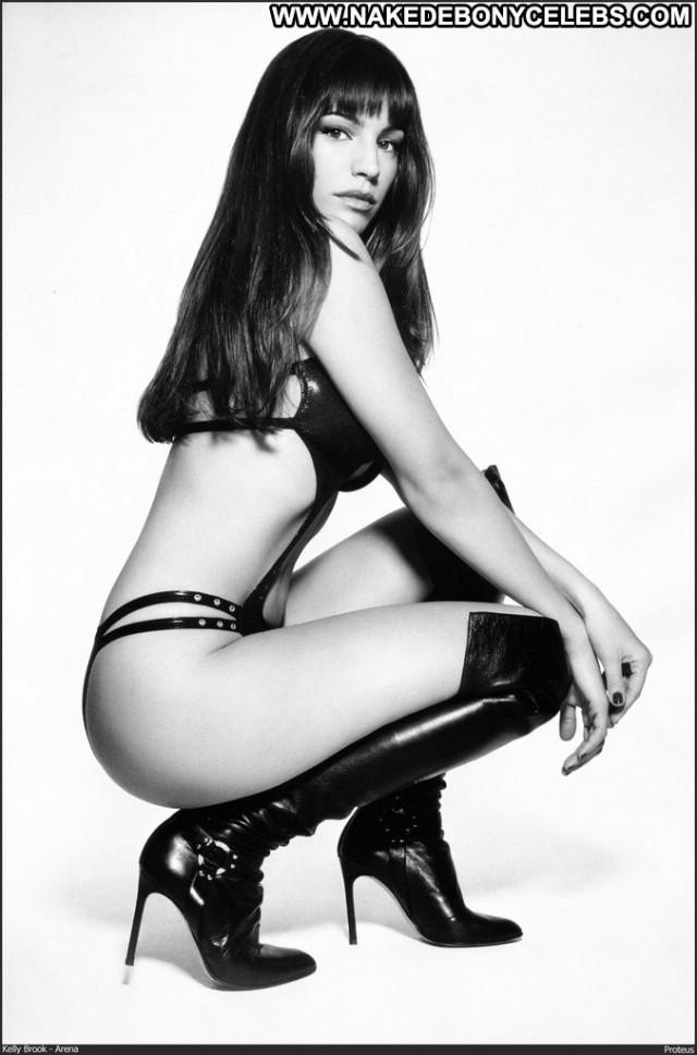 Kelly Brook No Source  Celebrity Babe Beautiful Posing Hot