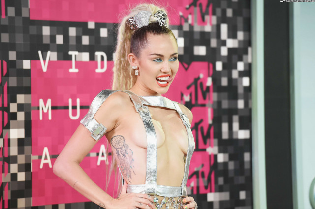Miley Cyrus No Source Beautiful Model American Singer Babe Celebrity