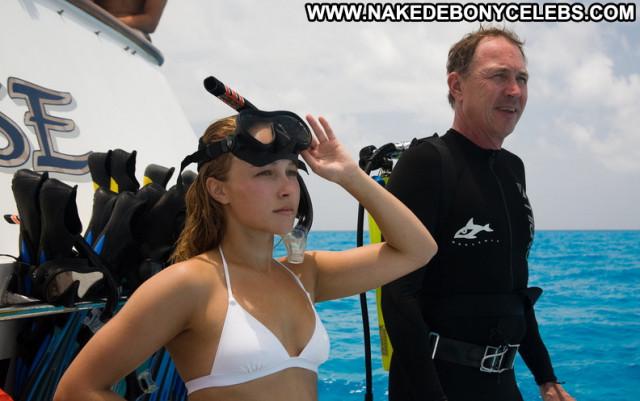 Hayden Panettiere Beautiful Leaked Babe Celebrity Posing Hot Cute
