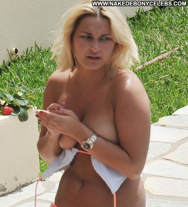 Sam Faiers Posing Hot Celebrity Beautiful Babe Bikini