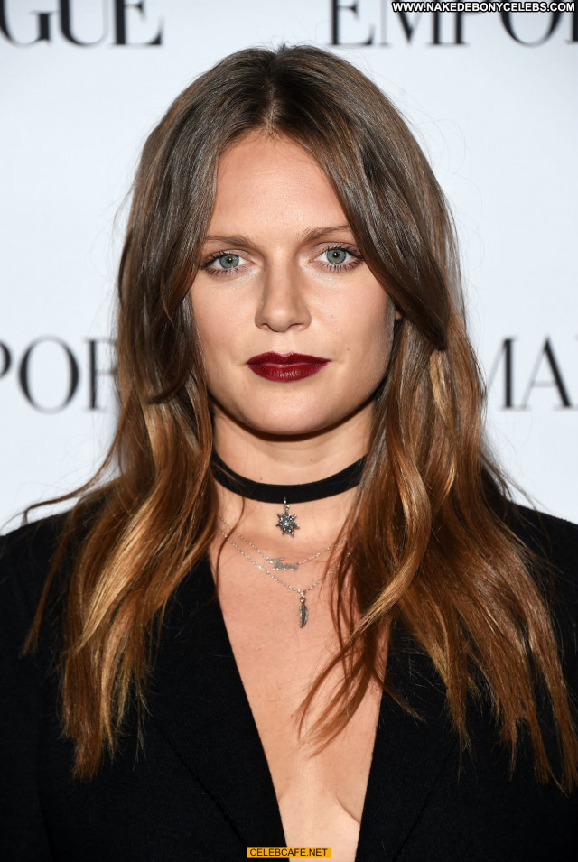 Tove Lo No Source Posing Hot Party Babe Celebrity Hollywood Beautiful