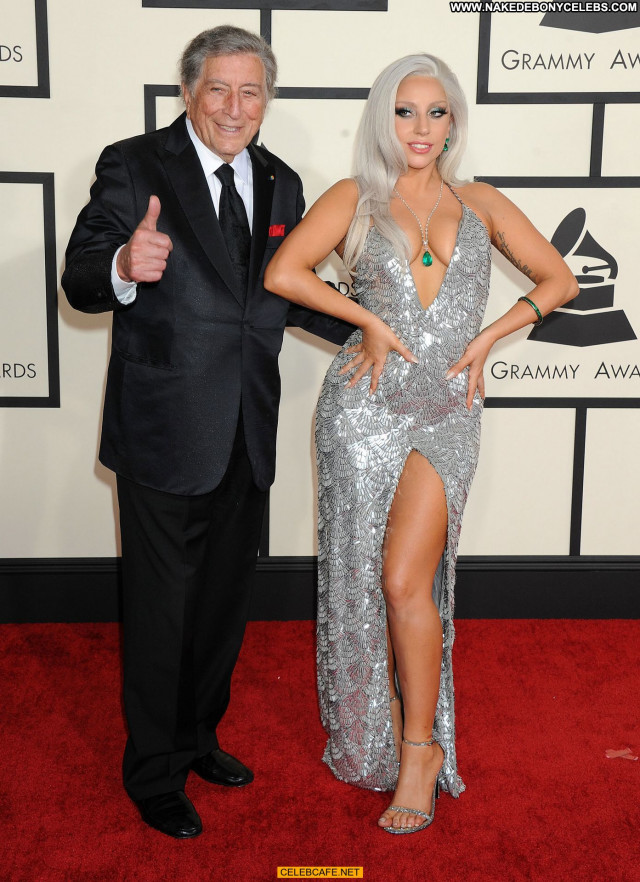 Lady Gaga Grammy Awards Celebrity Cleavage Gag Babe Sexy Beautiful