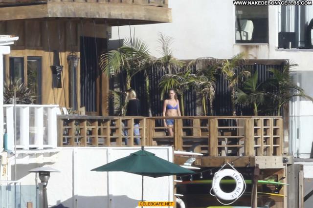 Cara Delevingne No Source Topless Beautiful Balcony Malibu Celebrity
