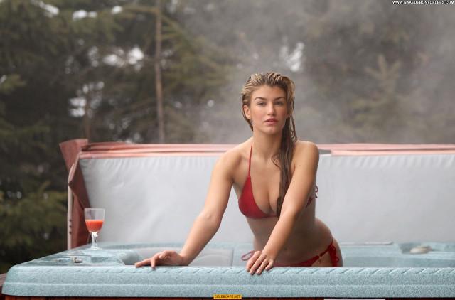 Amy Willerton No Source Poolside Babe Bikini Beautiful Sexy Celebrity
