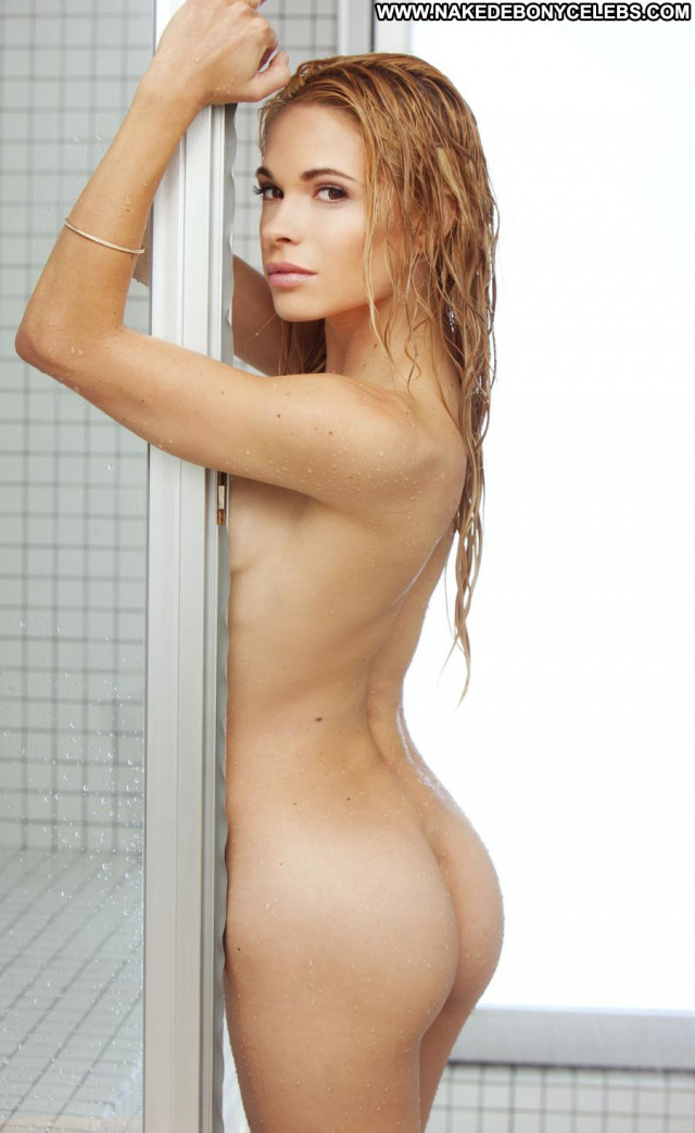 Dani Mathers Full Frontal Beautiful Babe Bunny Celebrity Posing Hot