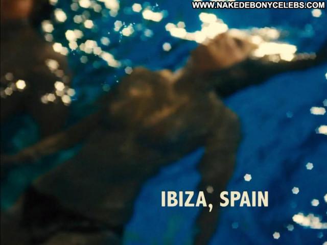 Alexandra Maria Lara The Pool Celebrity Toples Kissing Pool Babe Bar