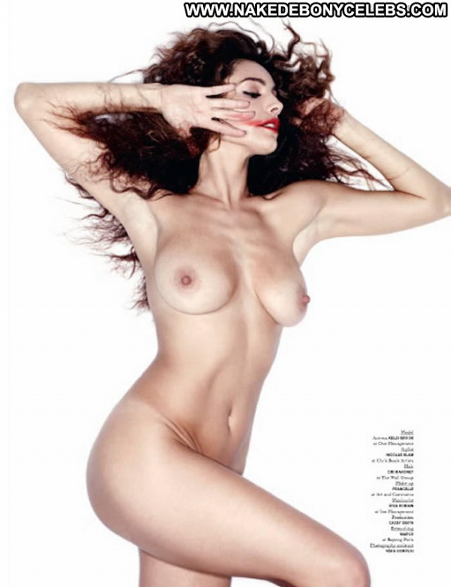 Kelly Brook Full Frontal  Topless Actress Nude Babe Toples Pussy