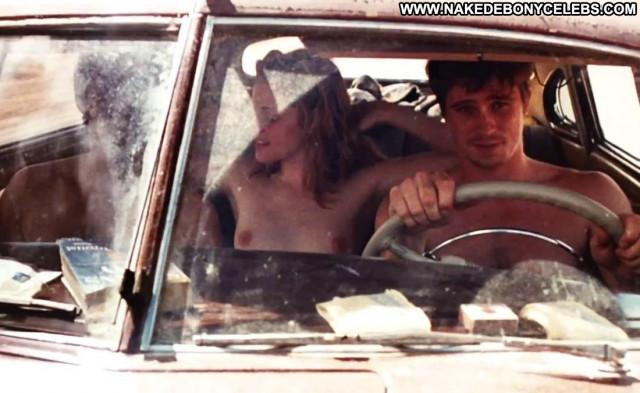 Kristen Stewart On The Road Handjobs Bride Breasts Ass Topless