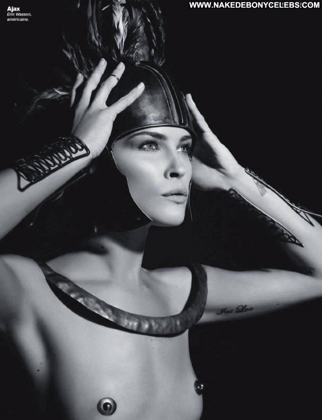 Isabeli Fontana Full Frontal Full Frontal Celebrity Nude Bar Public