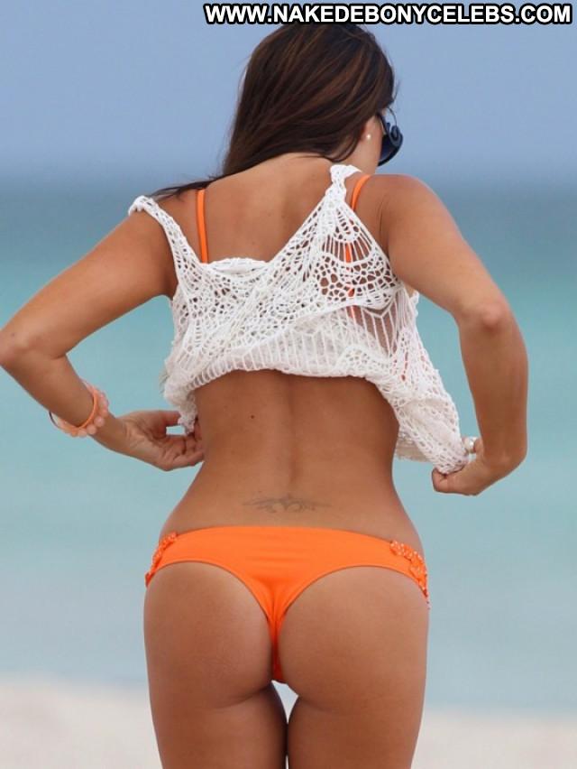 Claudia Romani The Beach Babe Bikini Beach Posing Hot Celebrity