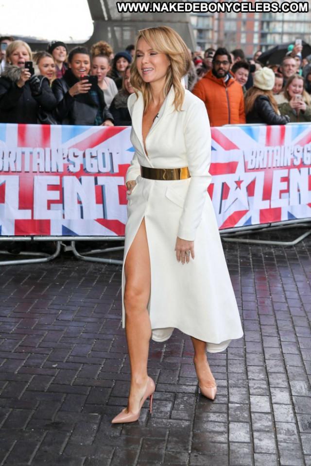 Amanda Holden No Source Auditions Paparazzi Audition Celebrity Posing