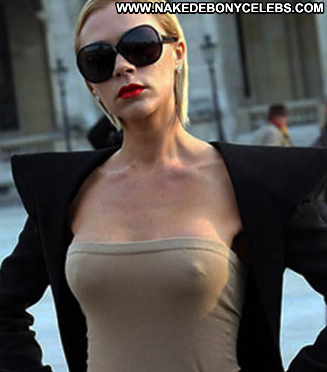 Celebrities Nude Celebrities Babe Live Posing Hot Hot Nude Rich Bar