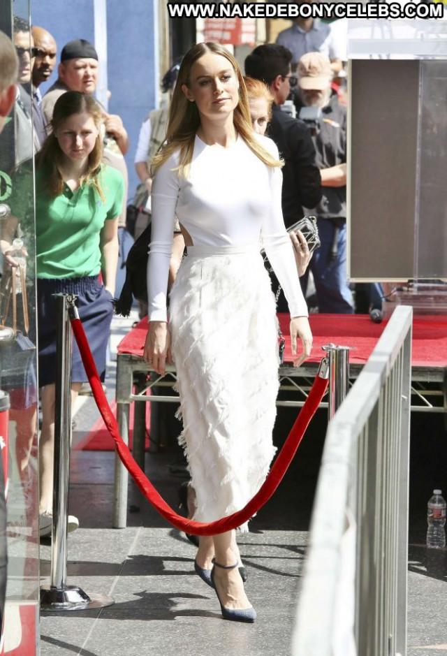 Brie Larson Hollywood Walk Of Fame Babe Hollywood Posing Hot