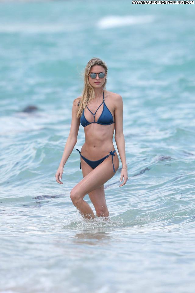 Martha Hunt The Victoria S Secret Fashion Photoshoot Brazilian Posing