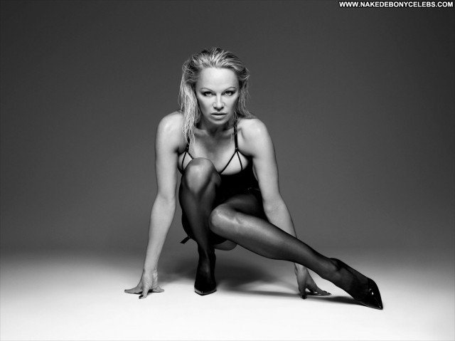 Pamela Anderson Dancing With The Stars Canadian Posing Hot Canada