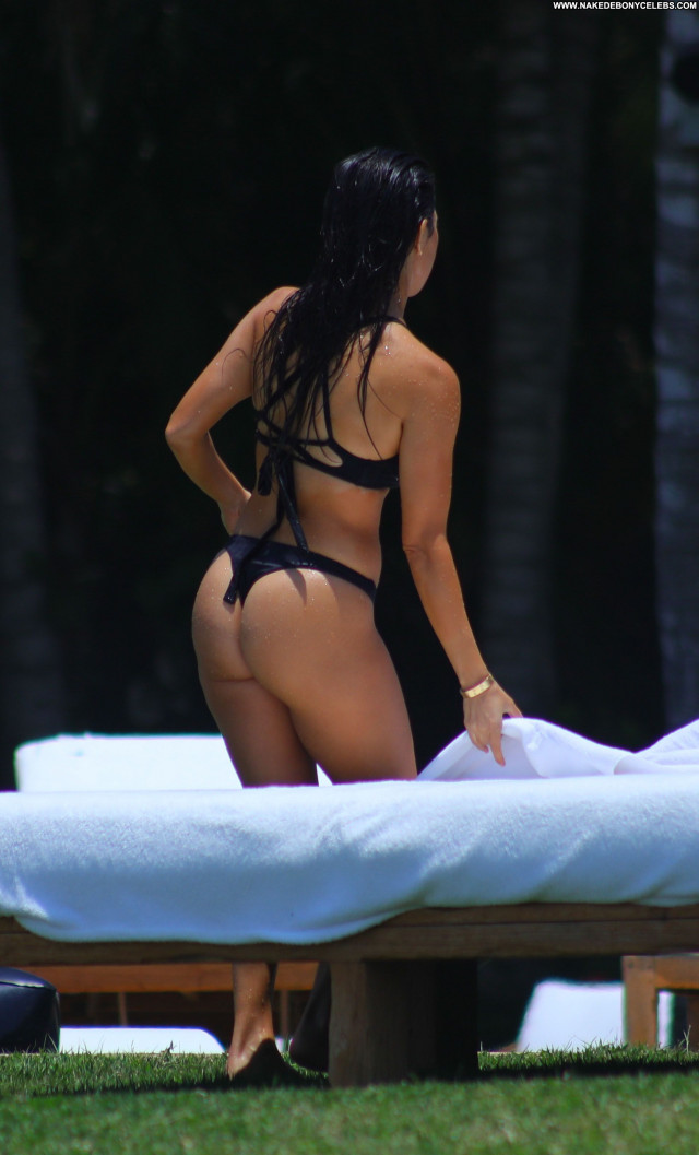 Kourtney Kardashian No Source Mexico Model Old Bikini American Babe