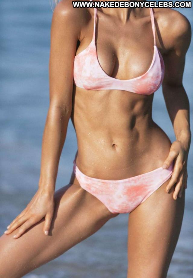 Photos No Source Bikini Celebrity Posing Hot Paparazzi Babe Car