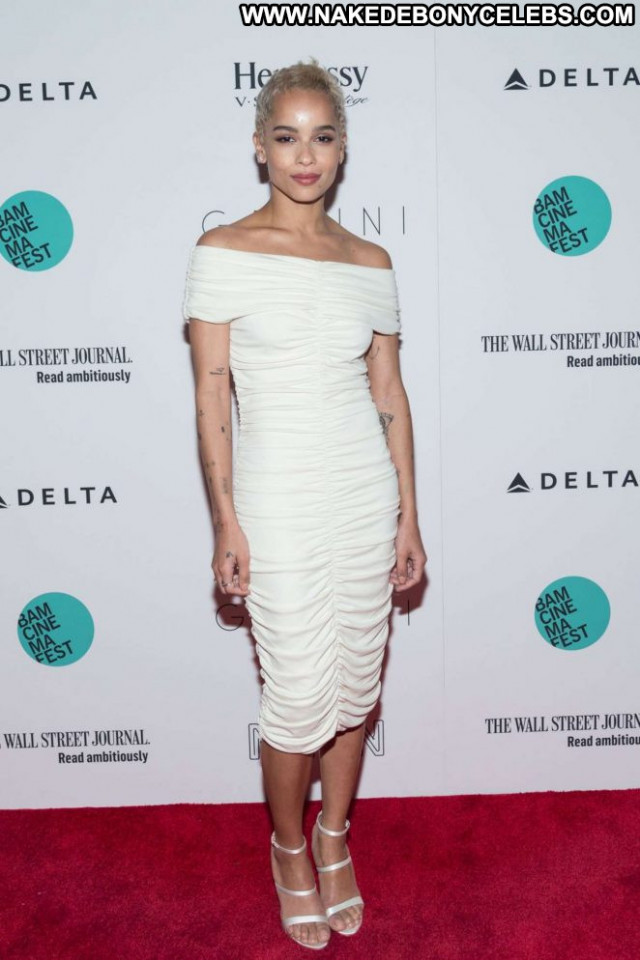 Zoe Kravitz New York Posing Hot Babe Beautiful Celebrity New York