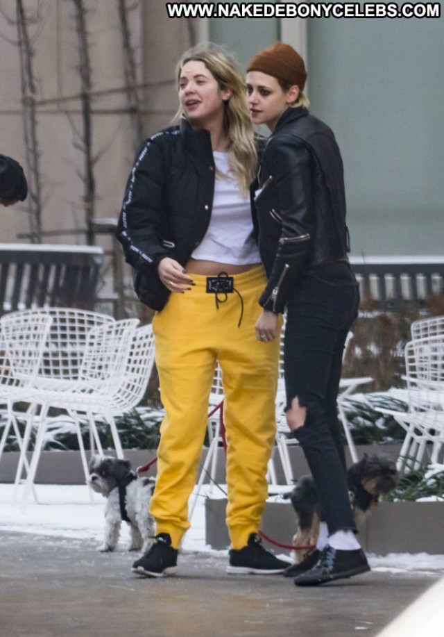 Kristen Stewart No Source Posing Hot Celebrity Nyc Babe Paparazzi