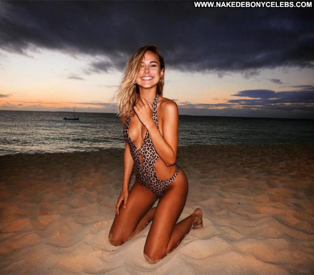 Natalie Jayne Roser No Source Boobs Posing Hot Celebrity Bikini
