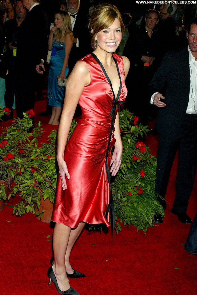 Natalie Jayne Roser No Source Yoga Celebrity Posing Hot Winter