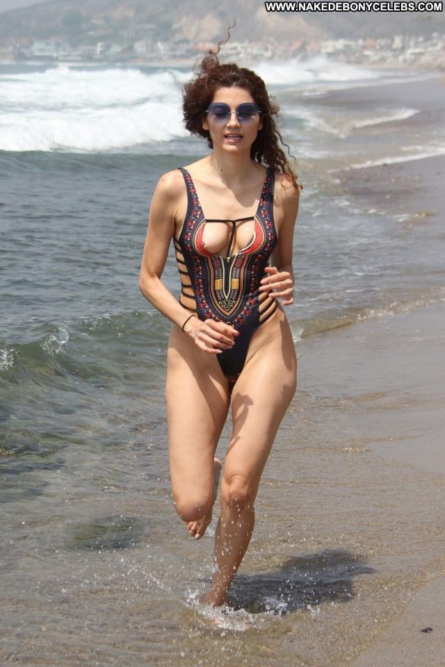 Denisa Strakova The Girl Wardrobe Malfunction Bar Babe Bra Sexy Ocean