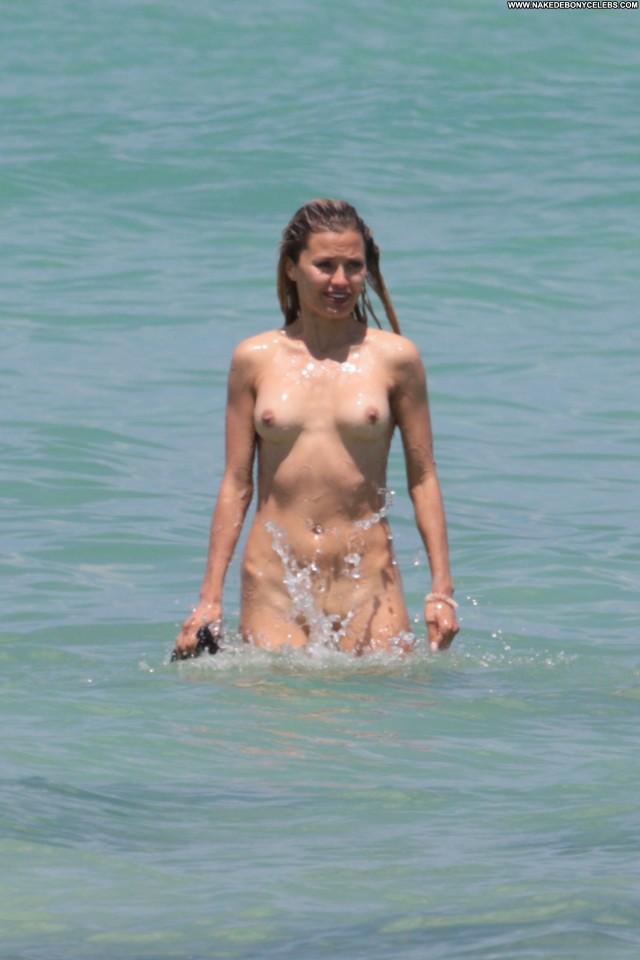Victoria Bonya Anna Nicole Celebrity Russia Skinny Dipping Babe Bra