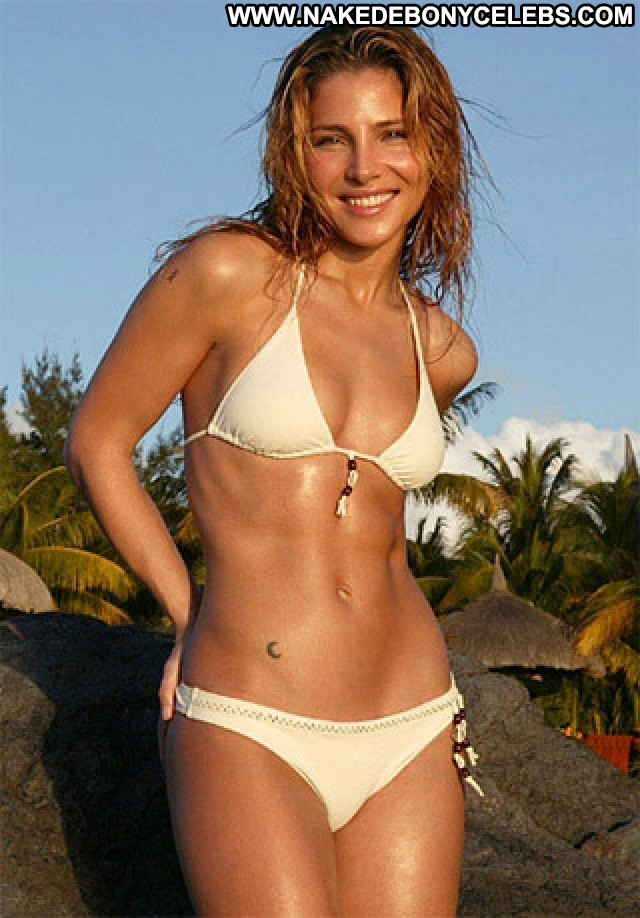 Elsa Pataky The Beach  Sex Babe Beautiful Sexy Nude Smile Beach