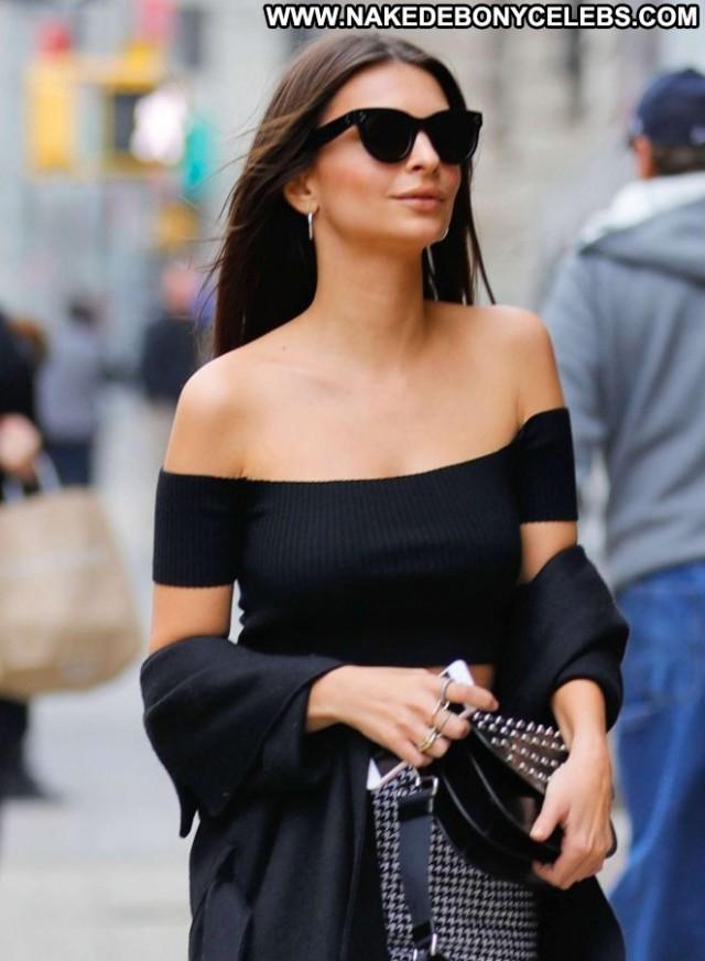Emily Ratajkowski New York Celebrity Paparazzi Posing Hot New York