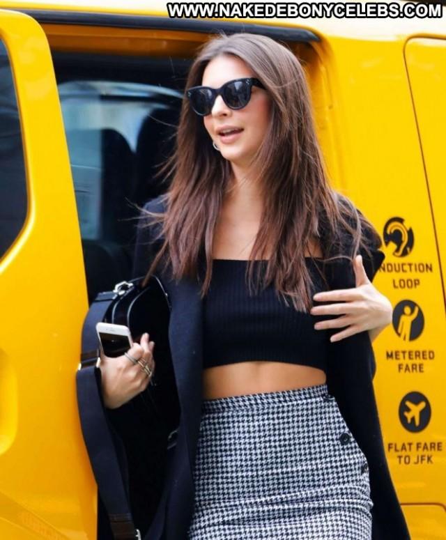 Emily Ratajkowski New York Celebrity Posing Hot Paparazzi Babe