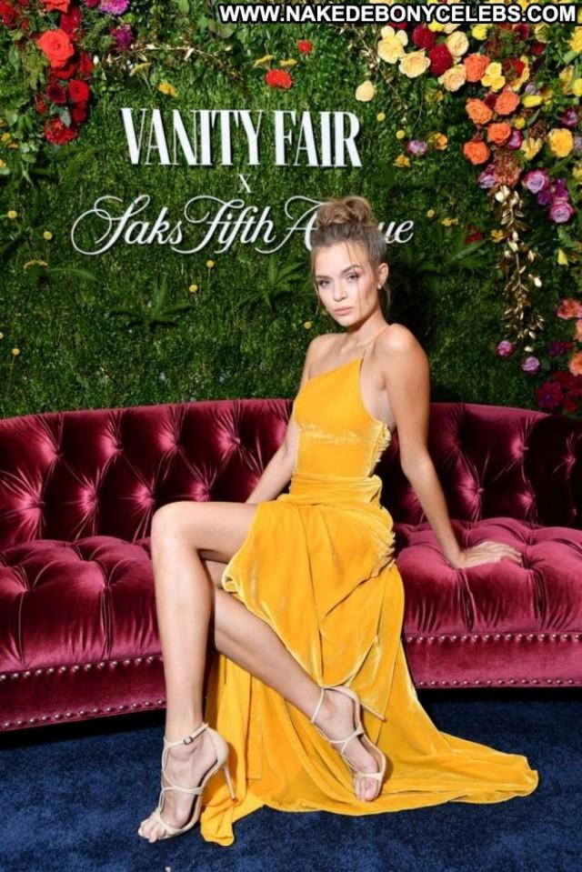 Josephine Skriver Vanity Fair Paparazzi Babe Beautiful Posing Hot Nyc
