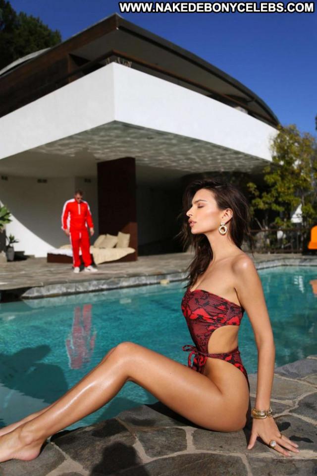 Emily Ratajkowski No Source Beautiful Paparazzi Posing Hot Babe