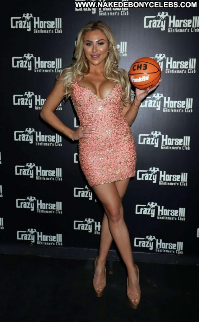 Khloe Terae Las Vegas Celebrity Posing Hot Hot Beautiful Paparazzi