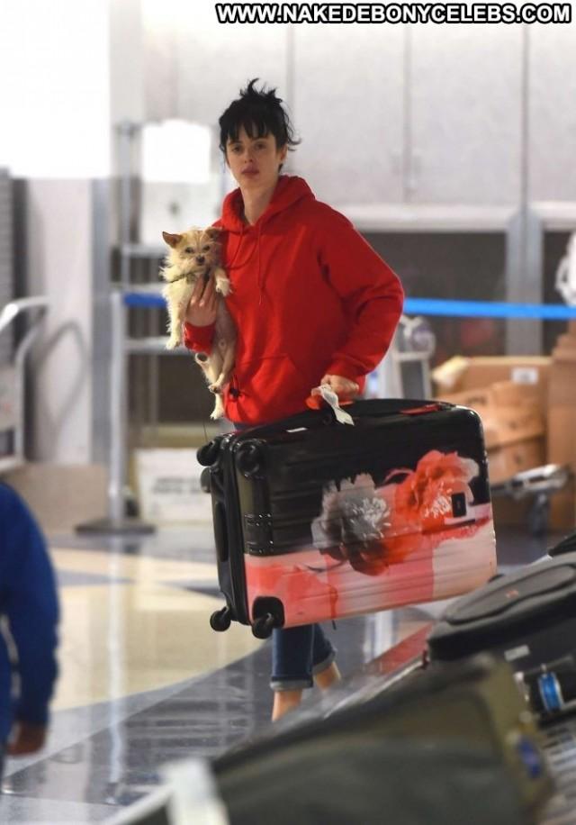 Krysten Ritter Lax Airport Lax Airport Celebrity Beautiful Posing Hot