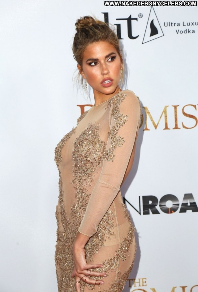 Kara Del Toro Los Angeles Angel Old Spa Posing Hot American Actress