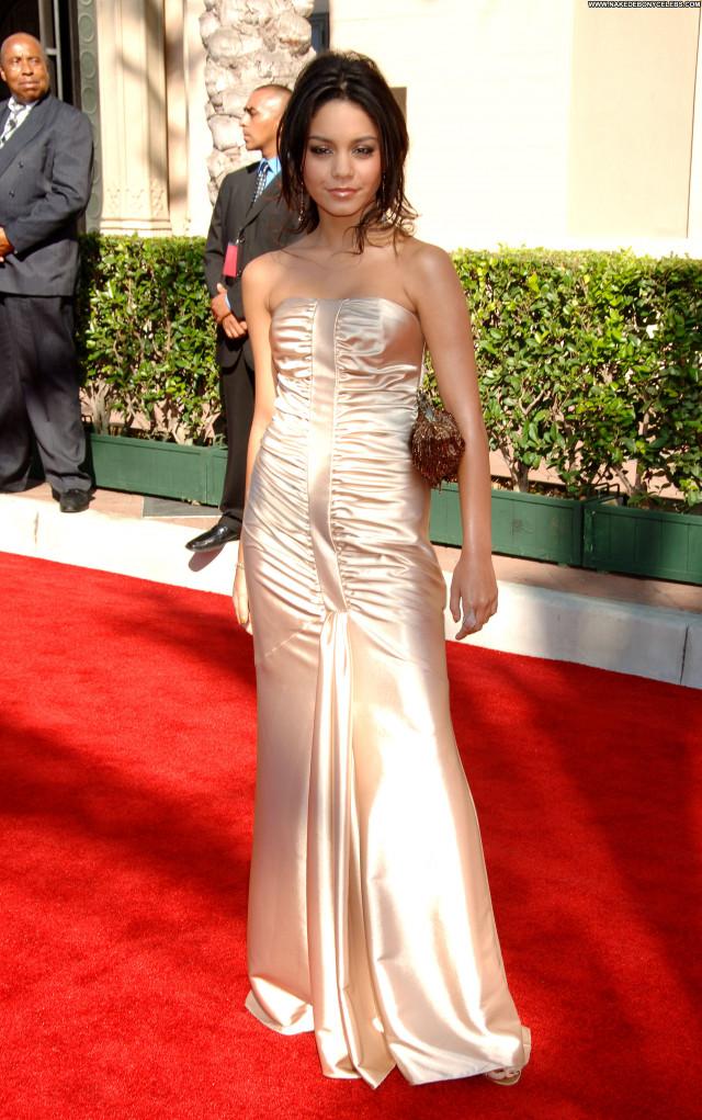 Vanessa Anne Hudgens No Source Asian Beautiful Celebrity Posing Hot