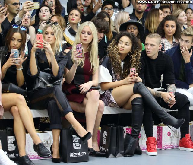 Ella Eyre Fashion Show Beautiful Bra Babe Celebrity London Posing Hot
