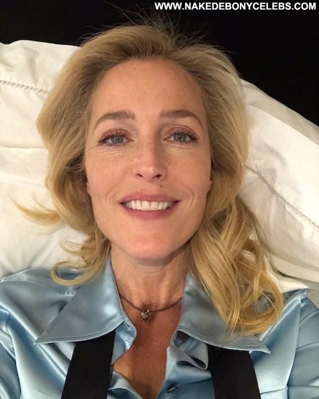 Gillian Anderson No Source Babe Celebrity Sexy Beautiful Posing Hot