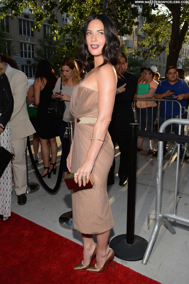 Olivia Munn Deliver Us From Evil  Babe Beautiful Celebrity Posing Hot